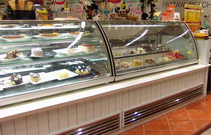 vetrine gelaterie e pasticcerie